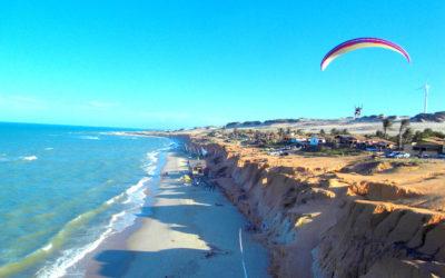 Os encantos da praia de Canoa Quebrada